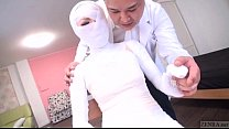 Subtitled bizarre Japanese woman bandaged head to toe