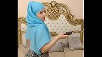 12950 6112374 teaser teeny muslim girl preview