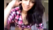 Gorgeous teen tranny masturbates cam