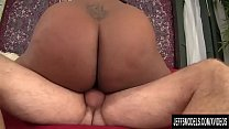 Black BBW Marliese Morgan Has Her Pussy Popped by a White Dick Vorschaubild