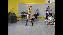Girl shakes her ass with style