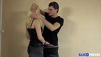 La teen Lize revient pour se faire baiser dans tous les sens devant son mec [Full Video] thumbnail