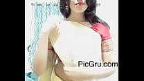busty mallu deep navel show in white saree