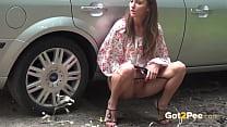 Amateur public peeing compilation Vorschaubild