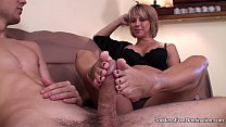 Screenshot Footjob Sons Un expected Visit