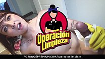 OPERACION LIMPIEZA - Colombian chick cleans up house and gets banged deep - 69VClub.Com