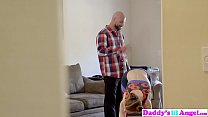 Daddys Lil Angel - Tempting Step Dad To Fuck During Workout S2:E5 Vorschaubild
