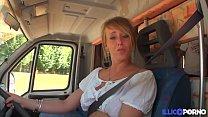 Download video bokep Cecilia baise deux fans dans son camping-car [F... 3gp terbaru