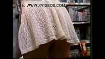{   www.xvideosadulto.com   } - Se agachando de vestido no supermercado thumbnail