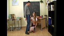 At the tutoring lessons after school, the 21 year old college bitch fucks the tu Vorschaubild