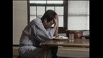 เอวีญี่ปุ่นสาวมาขายขนมเจอเจ้านายชวนไปเสียว เอานิ้วเขี่ยเบ็ดเกี่ยวหอยเสร็จแล้วแทงหอยกันเสียวน้ำกระจาย