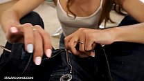 Cute petite teen Stefanie Moon gives amazing blowjob Vorschaubild