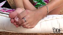 Hot Alise Alanis playing with her sexy clean feet sucking it