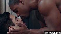 Photographer fucks his black gay model