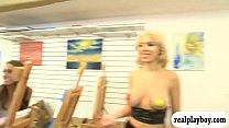 Painting class turns to threeway session with hot women