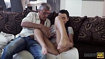 9212 DADDY4K. What would you prefer - computer or your girlfriend? And she? preview