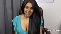 Slutty Tamil secretary shows off her skills to her boss in Tamil thumbnail