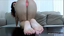 2 feet to help you cum