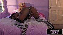 Black trap jerking her hard BBC