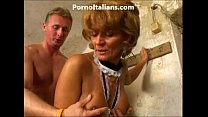 Old lady enjoys getting fucked from behind vecchia signora gode scopata  dietro