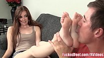 Hot Teen Brees Kelly Shows Off Soft Feet at Fuc...