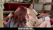 Hot Big Tits Stepdaughter Ella Knox Fucked While Mom Watches صورة