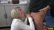 [fuckhard] Blonde Milf wird an den Photoshoot gefickt thumbnail