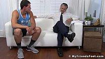 Muscle jock Bradley has feet licked by mature deviant