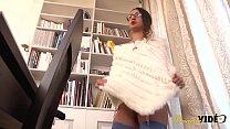 Maria, jolie salope apprend à assumer son corps