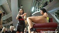 Hottie pleasuring herself at the sex show