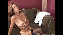 Download video bokep Slim old spunker in sexy stockings is feeling h... 3gp terbaru