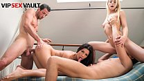LOS CONSOLADORES - #Sicilia Model #Alexa Tomas - Spanish Guys Are Fucking Their Women In Hot Foursome