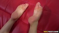 Avril Sun Gives Footjob To A BBC Image