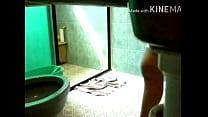 Tia en el baño 8