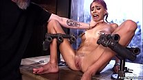 Hot slave gets orgasm on device bondage