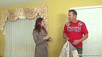 Milf Always Wants To Give Something In Exchange - 69VClub.Com
