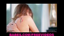 Riley Reid is eaten out and warms up for her man