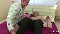 Milf Mother Seduce Young Step-Son to Fuck her with Blowjob Vorschaubild