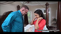 It's This Dad's Turn Swapping Teen Daughters - DaughterSwapHD.com