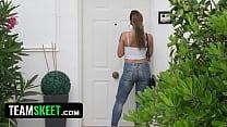 Oyeloca- Hot Latina Model (Medusa) Fucks Photographer