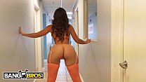 BANGBROS - Kelsi Monroe Gives Fan A Striptease And Grinds Her Big Ass On His Dick