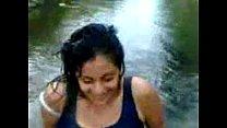 En el rio video