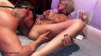 Muscle Man Romantic Pussy Licking after BDSM Party صورة