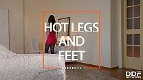 Gentle lesbians Diana Dolce and Liz Heaven enjoy sizzling hot foot erotica
