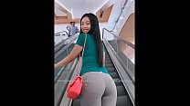 Beautiful asian showing her ass in shopping mall
