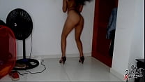 My Venezuelan neighbor seduces me with her thong and heels in her room, she tells me that  she loves the cum on her face, and she likes dance with her heels. Diana Marquez - instagram: @ 2001xperience