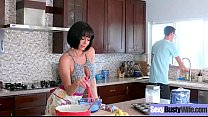 Sexy Housewife (Veronica Avluv) With Big Jugss ...