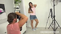 Amateur whore gets bitch fucked in casting