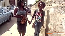 Kenyan lesbians caught on camera eating pussy