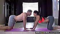 Brazzers - Brazzers Exxtra - Peta Jensen and Levi Cash - Yoga For Perverts